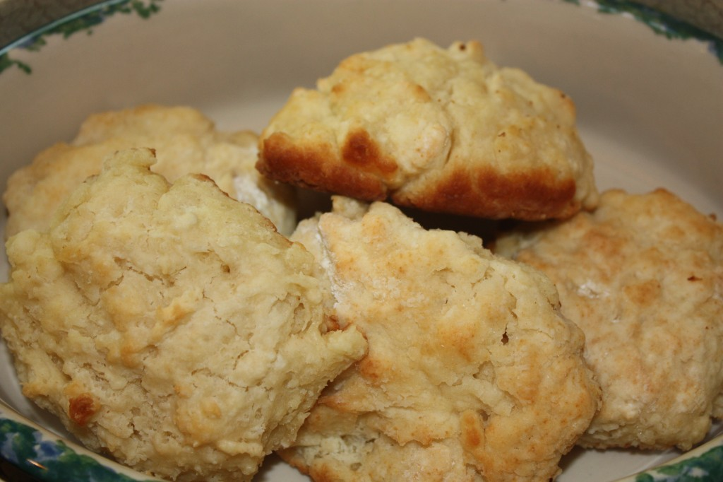 Lemon curd & buttermilk biscuits - The Foodie Affair