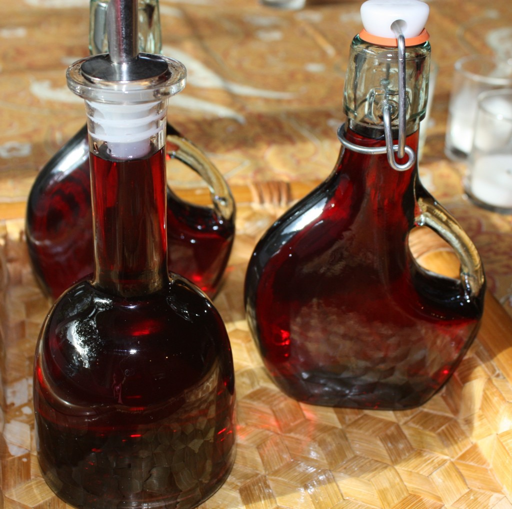 Homemade Grenadine Syrup, Sugar-Free for your favorite beverages! The ...