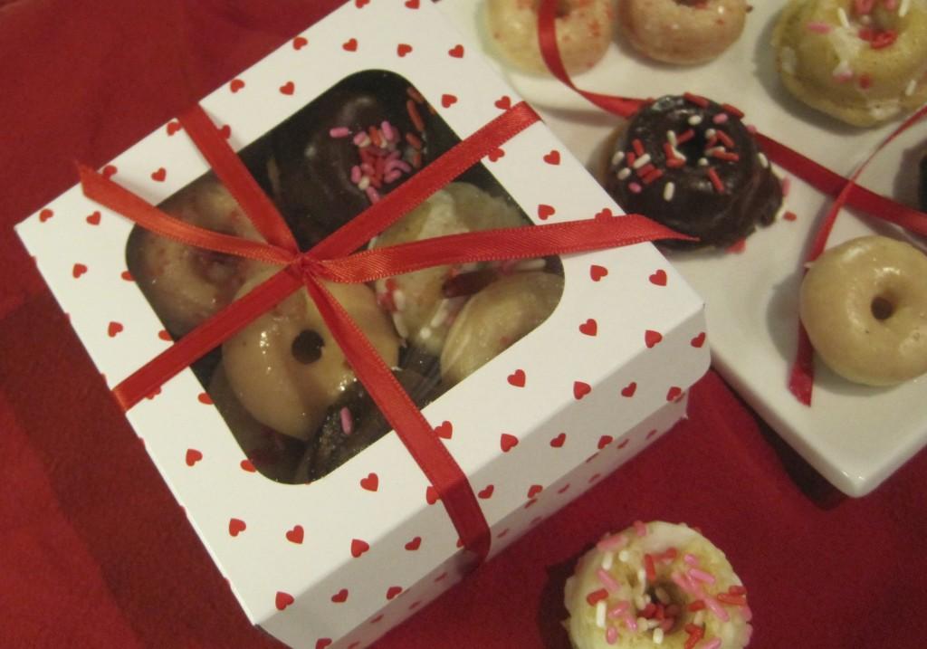 mini-donut-valentine's-day-gift