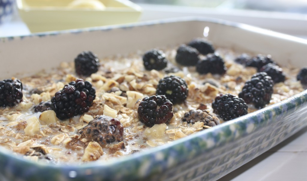 baked oatmeal gluten free topped with berries