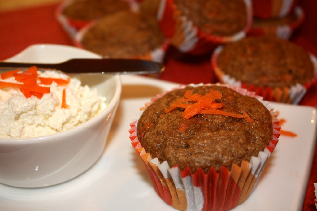 Carrot-cake-muffins-breakfast-snack-brunch