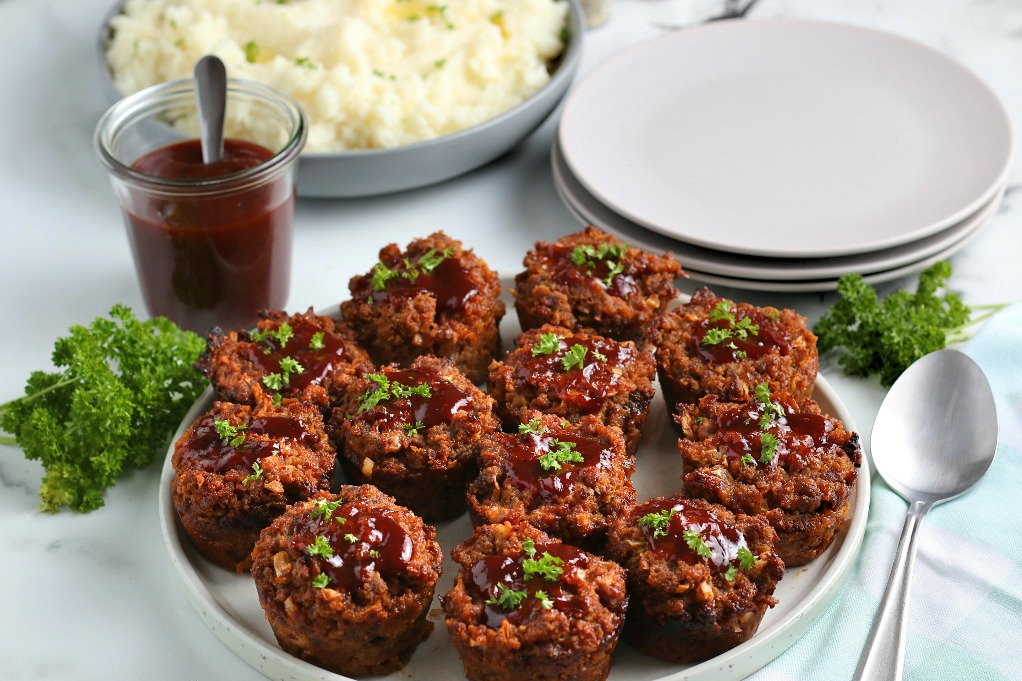 A horizontal view of a serving of the finished easy meatloaf recipe with tasty meatloaf seasoning.