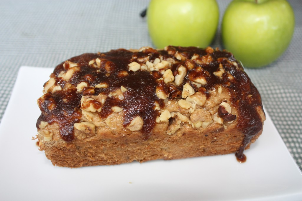 Apple-bread-granny-smith-walnuts-dessert