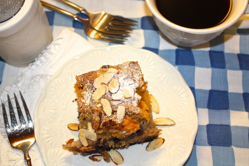 ... fruit-dessert-cake-peach-blueberries-buckle-cake-old-fashioned-dessert