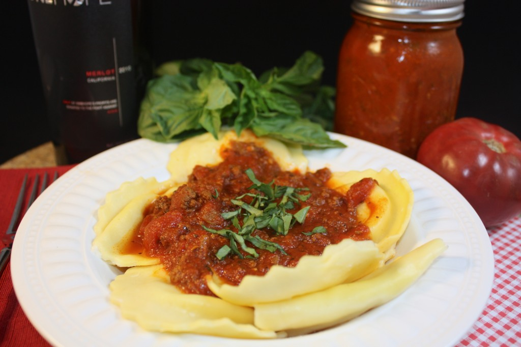 Meaty Crockpot Pasta Sauce with a delicious blend of simple spices #slowcooker #pasta #sauce | www.thefoodieaffair.com