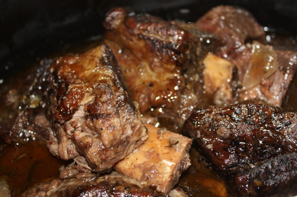 Beef Short Ribs Slow Cooked - The Foodie Affair