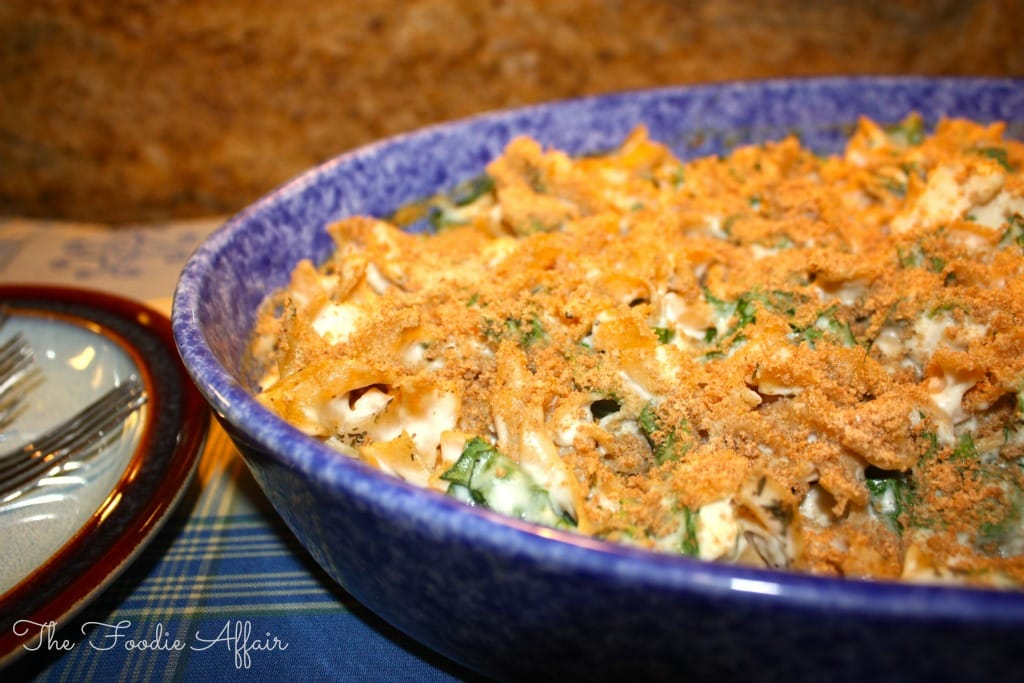 chicken, spinach and noodle casserole - The Foodie Affair