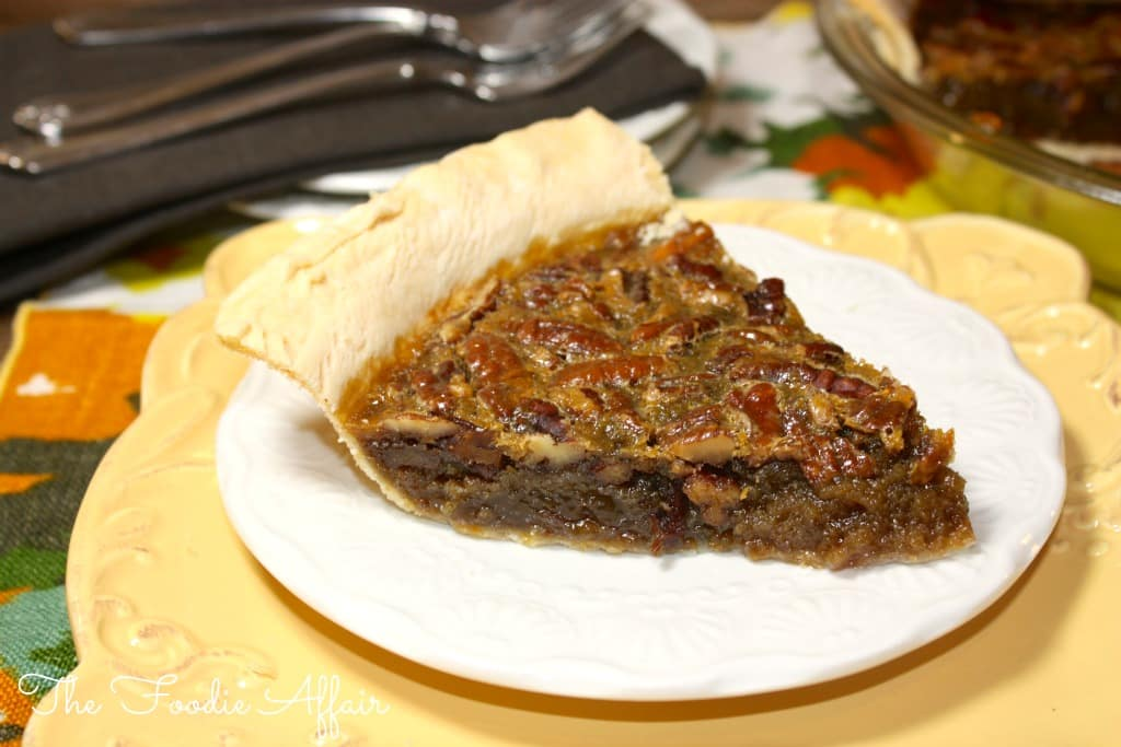 Old Fashioned Pecan Pie - The Foodie Affair