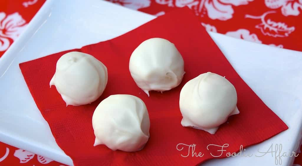 Peanut Butter Snowballs - The Foodie Affair
