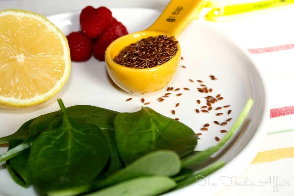 Raspberry Detox Smoothie - The Foodie Affair