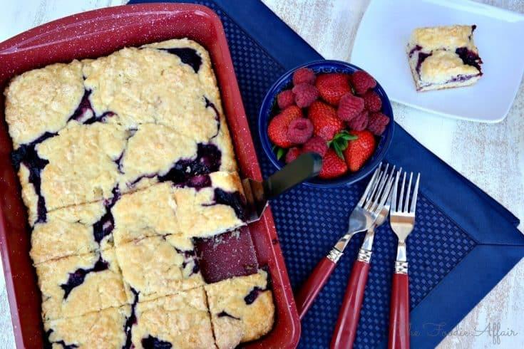 Berry Coffee Cake with homemade triple berry sauce #cake #brunch #dessert | www.thefoodieaffair.com