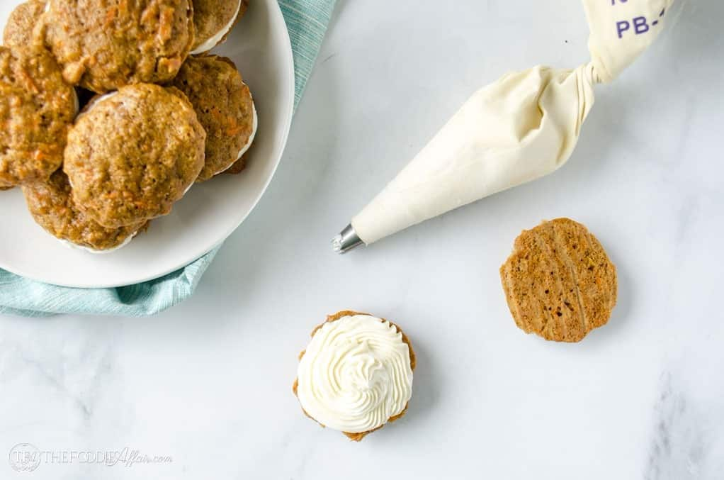 Carrot cake cookies with coconut filling