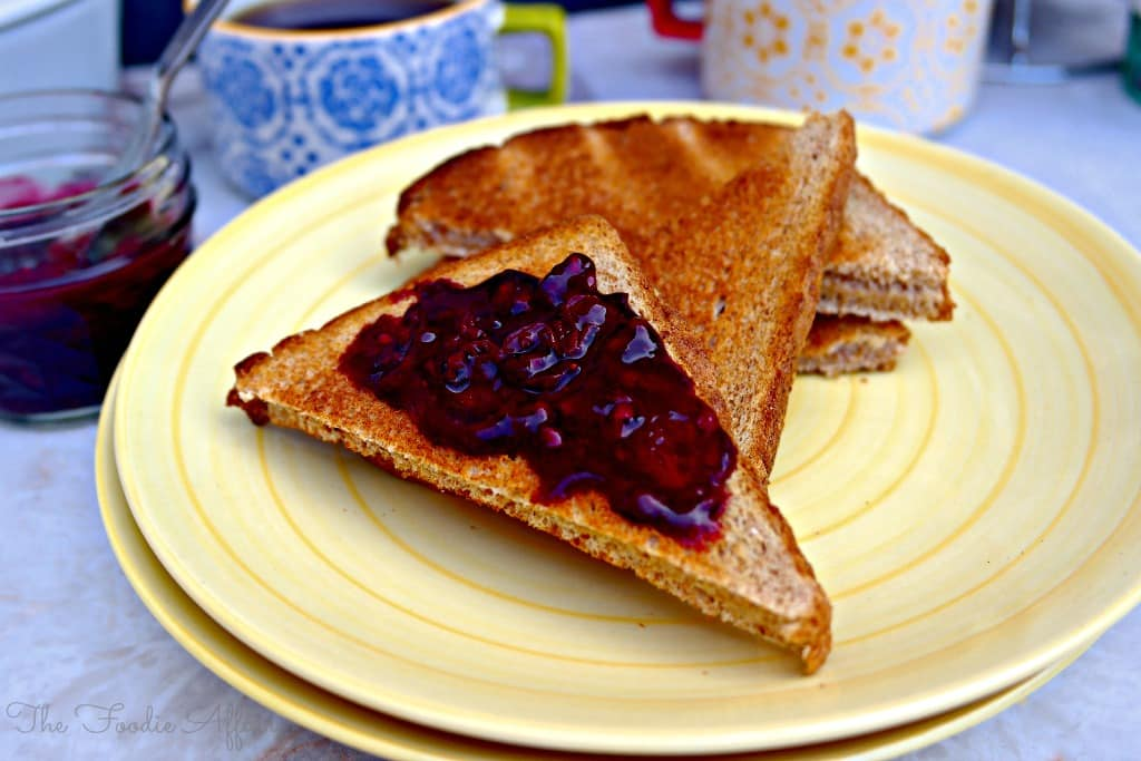 Berry Sauce - The Foodie Affair