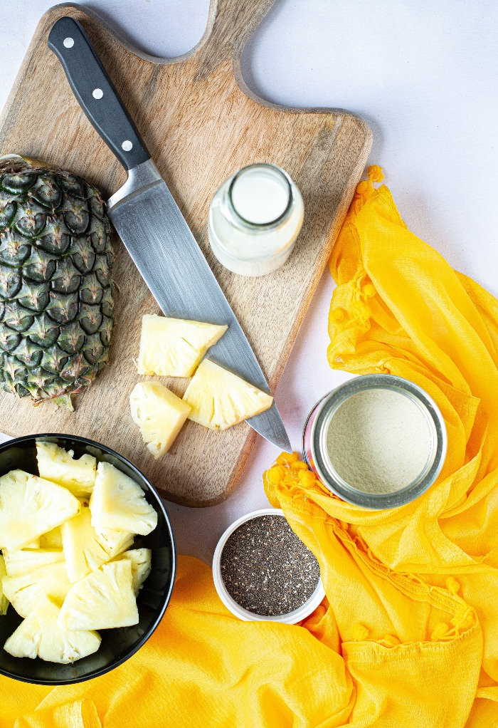 Ingredients to make a healthy pineapple smoothie