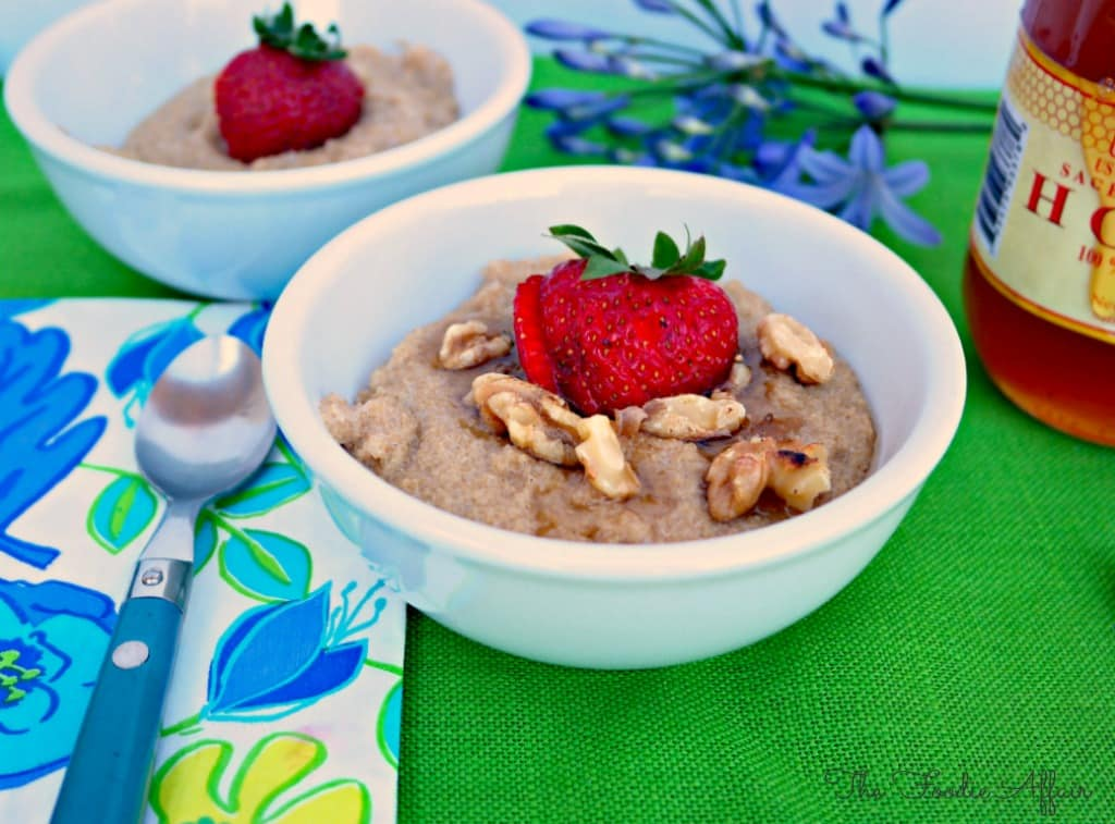 Amaranth Porridge with vanilla and walnuts - The Foodie Affair