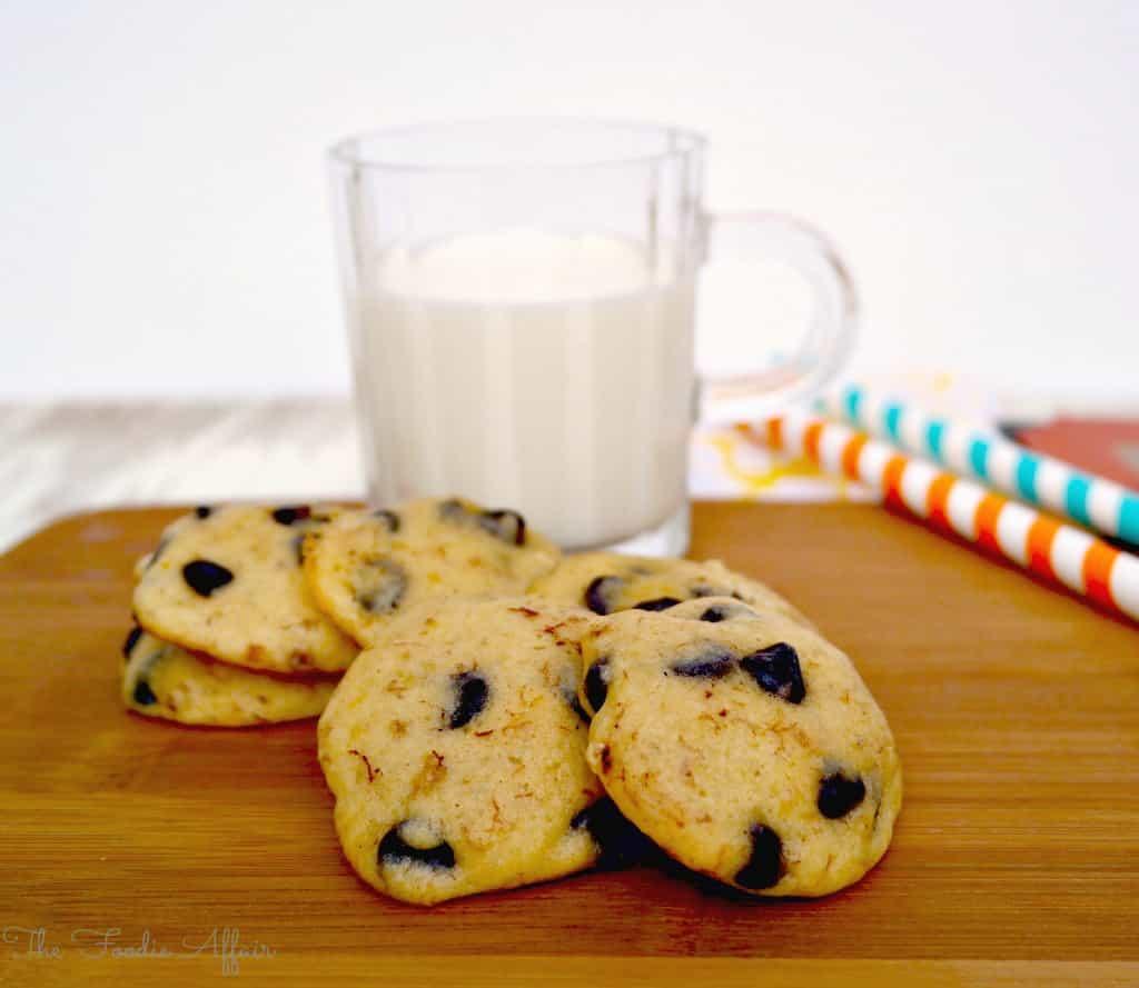 Banana Chocolate Chip Cookies - The Foodie Affair