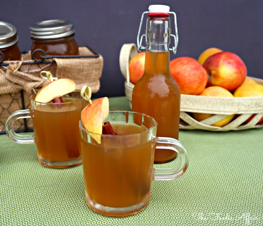 Apple pie moonshine in clear glasses