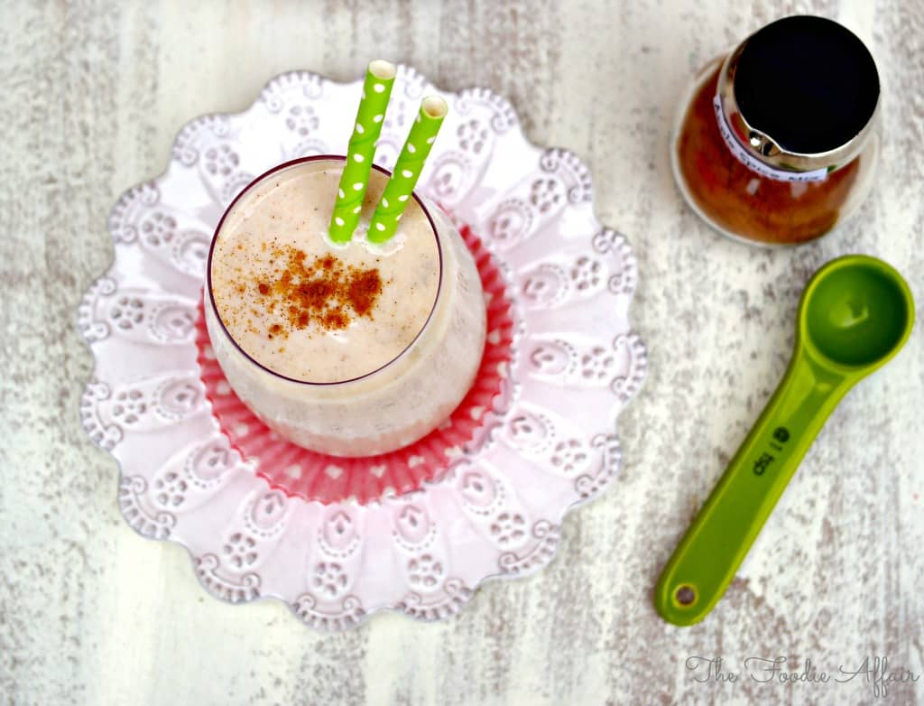 Apple Spice Smoothie - The Foodie Affair