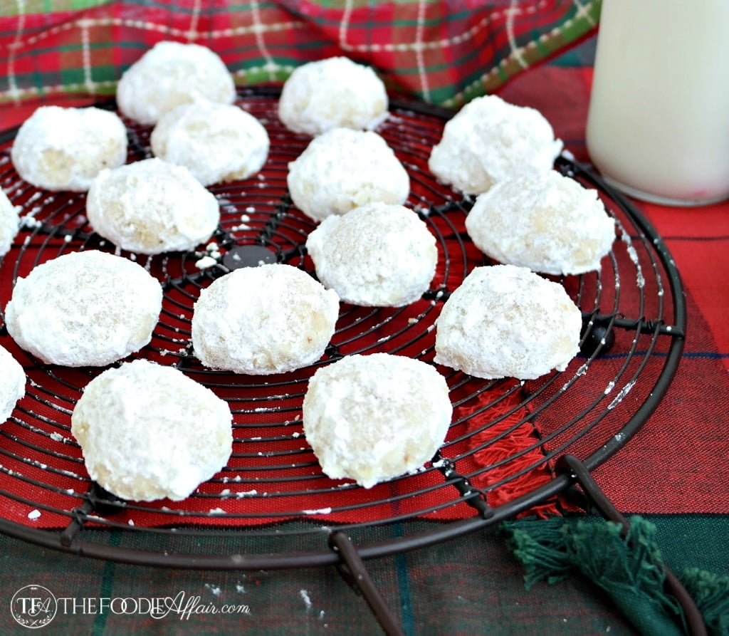 Mexican Wedding Cookies - The Foodie Affair