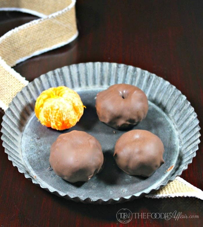 Chocolate Dipped Oranges - The Foodie Affair