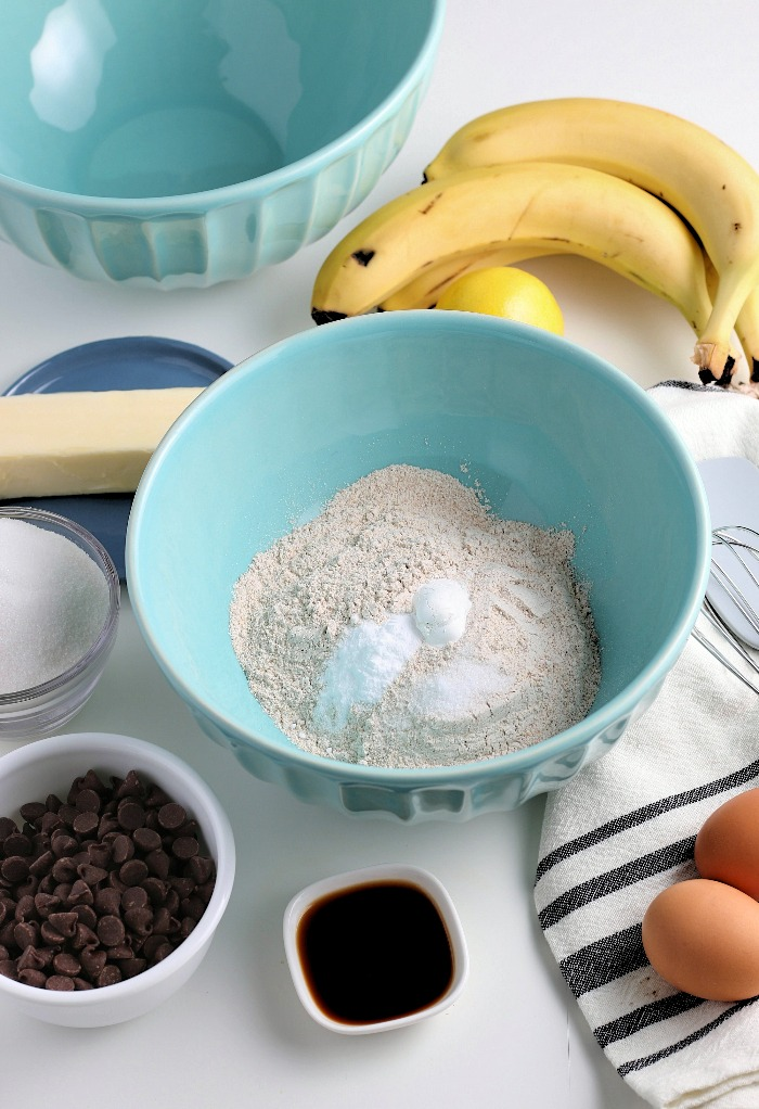 Here we see the ingredients for banana bread with chocolate chips laid out and ready to begin