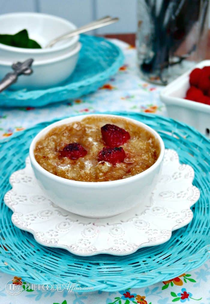 Gluten Free Vanilla Oatmeal Brûlée topped with a caramelized brown sugar crust makes this a delicious brunch entree. Top with fruits, nuts or shredded coconut. The Foodie Affair
