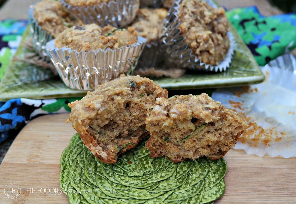 Protein muffin with zucchini and walnuts