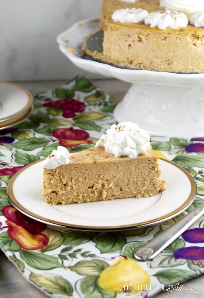 Low carb pumpkin cheesecake made with homemade pumpkin pie spices, pumpkin puree and ricotta cheese!