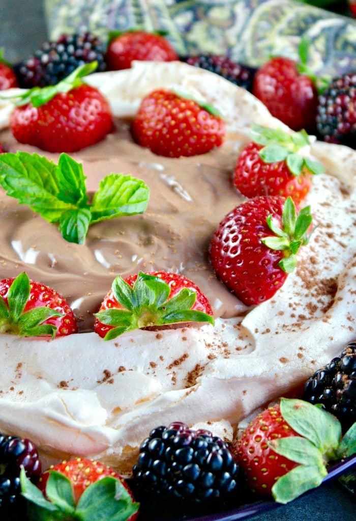 Easy Pavlova Dessert with chocolate yogurt and fresh fruit #pavlova #meringue #ad | thefoodieaffair.com