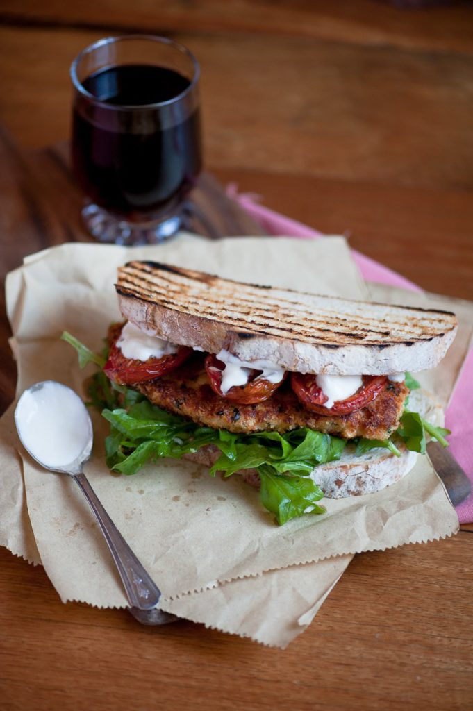 11 Easy Chicken Brown Bag Lunch Ideas #lunch #chicken #brownbag   www.thefoodieaffair.com
