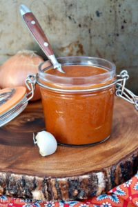 Healthy Red Enchilada Sauce is the base for many Latin dishes. Simple to make with carrots and spices for a fresh tasting sauce! #enchilada #sauce #Mexican | www.thefoodieaffair.com
