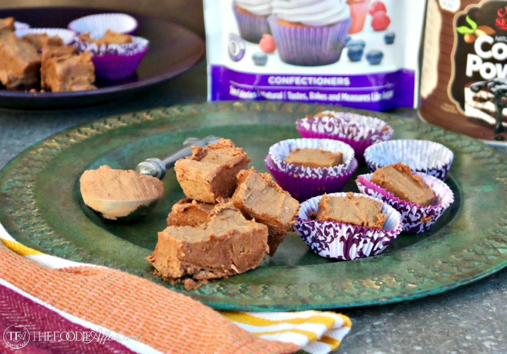 Low Carb Chocolate Peanut Butter Fudge is easy to make and just a small piece satisfies your sweet tooth! #chocolate #lowcarb #fudge #keto | www.thefoodieaffair.com
