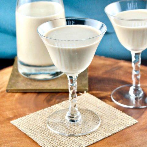 Sugar Free Irish Cream is a low carb copycat Baileys liqueur for sipping or adding to recipes! #IrishCream #liqueur #Baileys   www.thefoodieaffair.com
