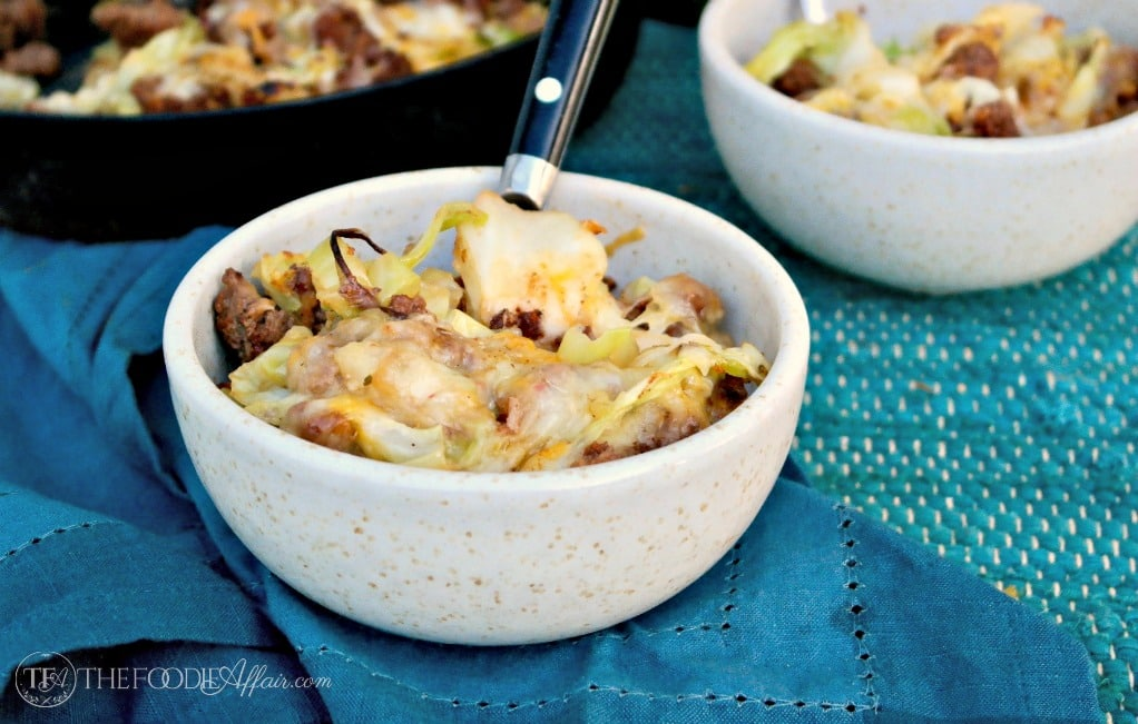 Tex Mex cabbage beef skillet is a quick low carb 30 minute meal! #skillet #lowcarb #keto #beef | www.thefoodieaffair.com
