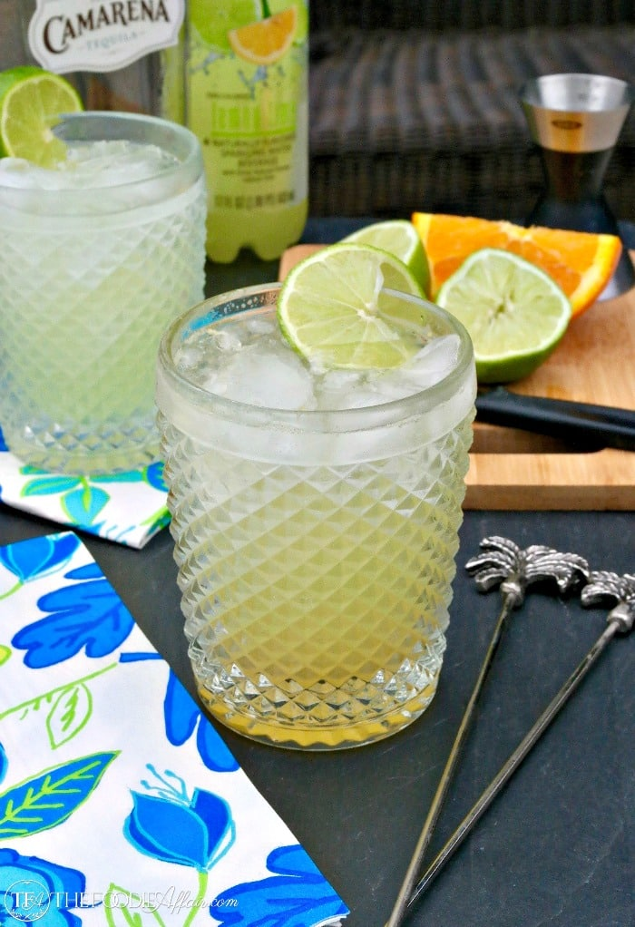 Low carb margarita without sugar in a clear glass
