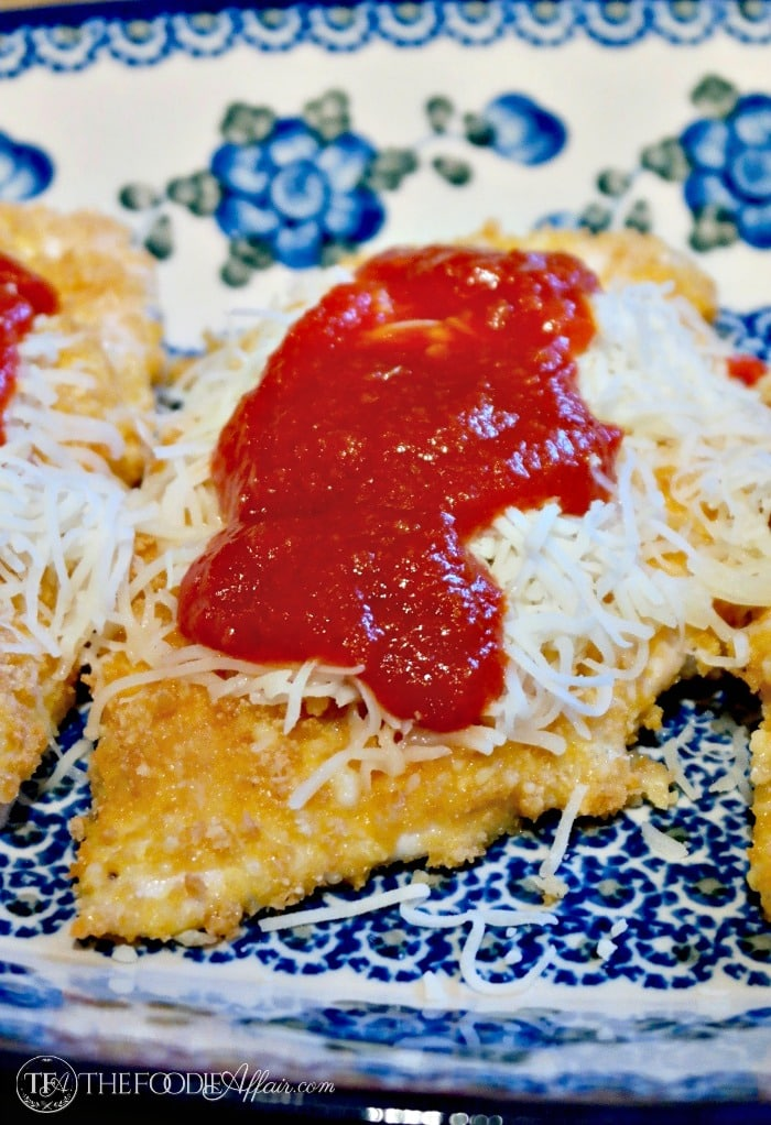 Low Carb Parmesan Chicken with Italian cheese and marinara sauce #keto #glutenfree #
