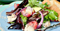 Strawberry Avocado Chicken Salad with sugar free poppy seed dressing is hearty and filling for a main meal! #salad #healthydish #poppyseed   www.thefoodieaffair.com