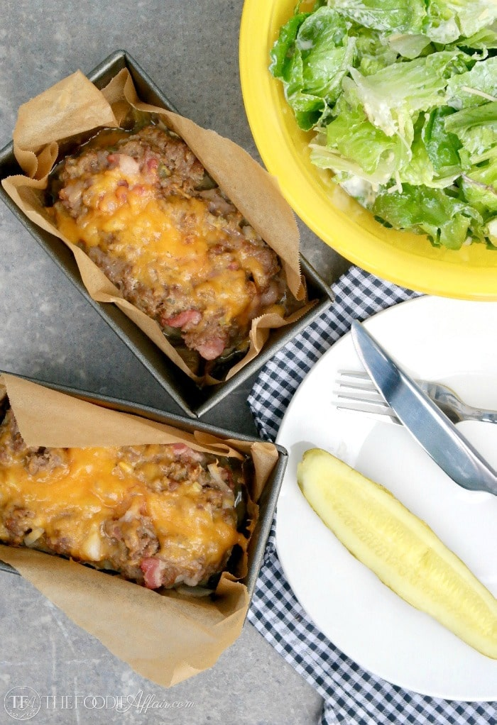Low Carb Cheeseburger Meatloaf made in full size and mini loaf pans for comfort food in a hurry! #burger #hamburger #lowcarb | www.thefoodieaffair.com