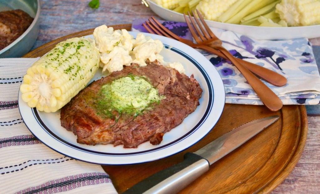 rib eye steak with corn on the cob