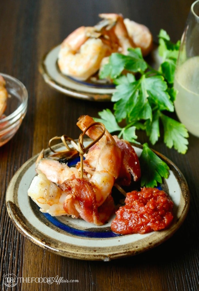 bacon wrapped shrimp recipe with cocktail sauce