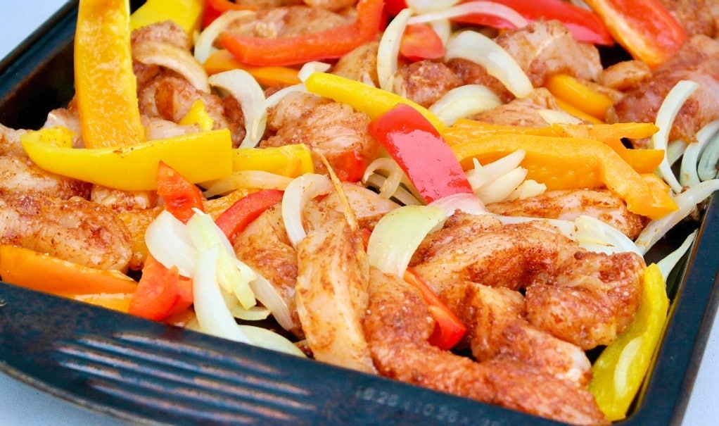 pan with baked chicken fajitas