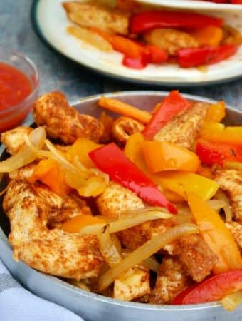 Easy Sheet Pan Baked Chicken Fajitas