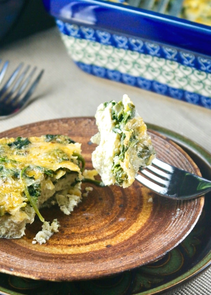 Healthy breakfast casserole with spinach and eggs.