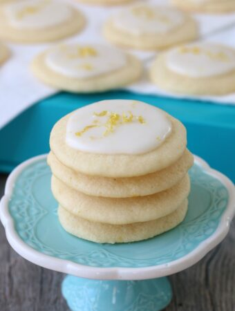 A little stack of the finished cookies on a cupcake stand, so beautiful and ready to eat.
