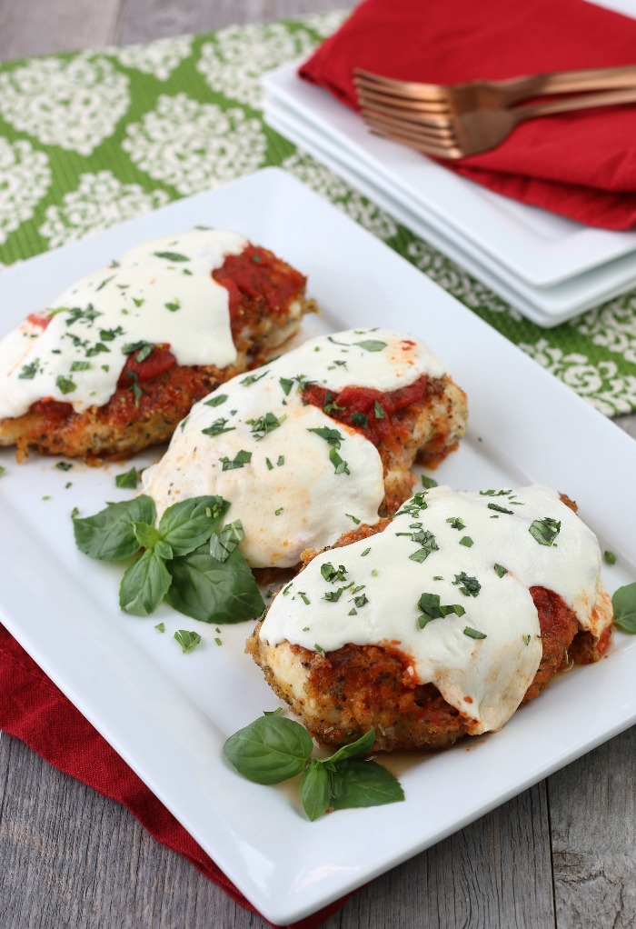 Doesn't this keto chicken parmesan look great now that it is finished?!