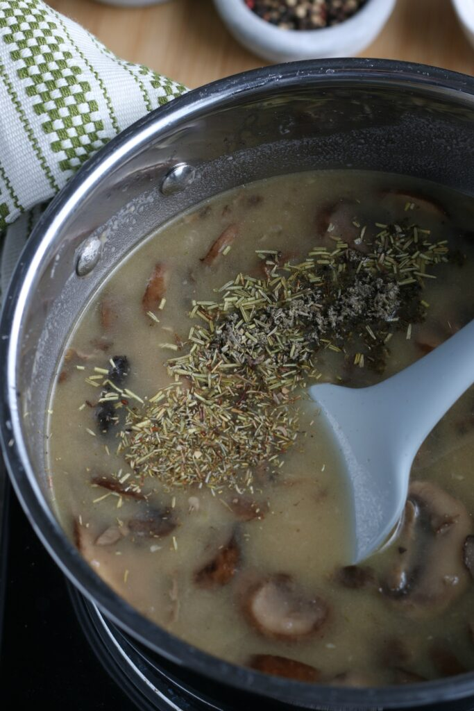 To finish off the mushroom sauce we add in some seasonings for the most flavor!